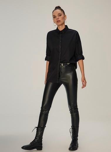 NGSTYLE Şerit Detaylı Rahat Gömlek Siyah